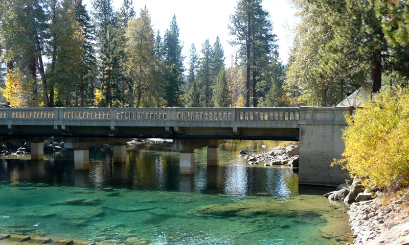 Truckee River flows into Lake Tahoe at Tahoe City