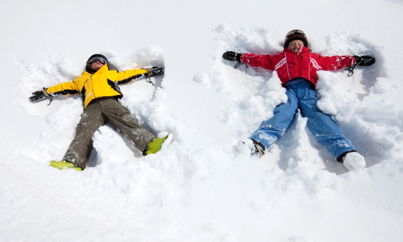 Kids Winter Snow Angels Family